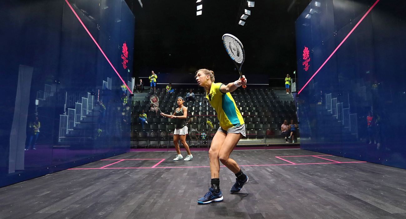Australia's Donna Urquhart and Malaysia's Nicol David try out the glass court at the GC2018 Squash Venue.